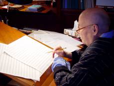 Hans Werner Henze in his studio, Marino 2007. © Michael Kerstan